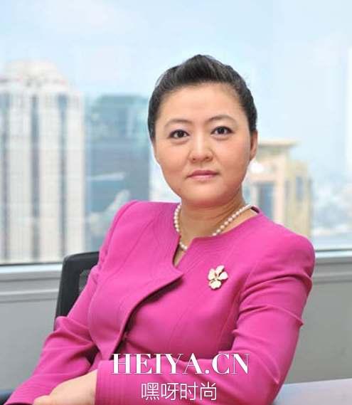 刘强东儿子的妈是谁_刘强东儿子多大了 刘强东八岁儿子生母是谁背景资料照片_嘿呀网